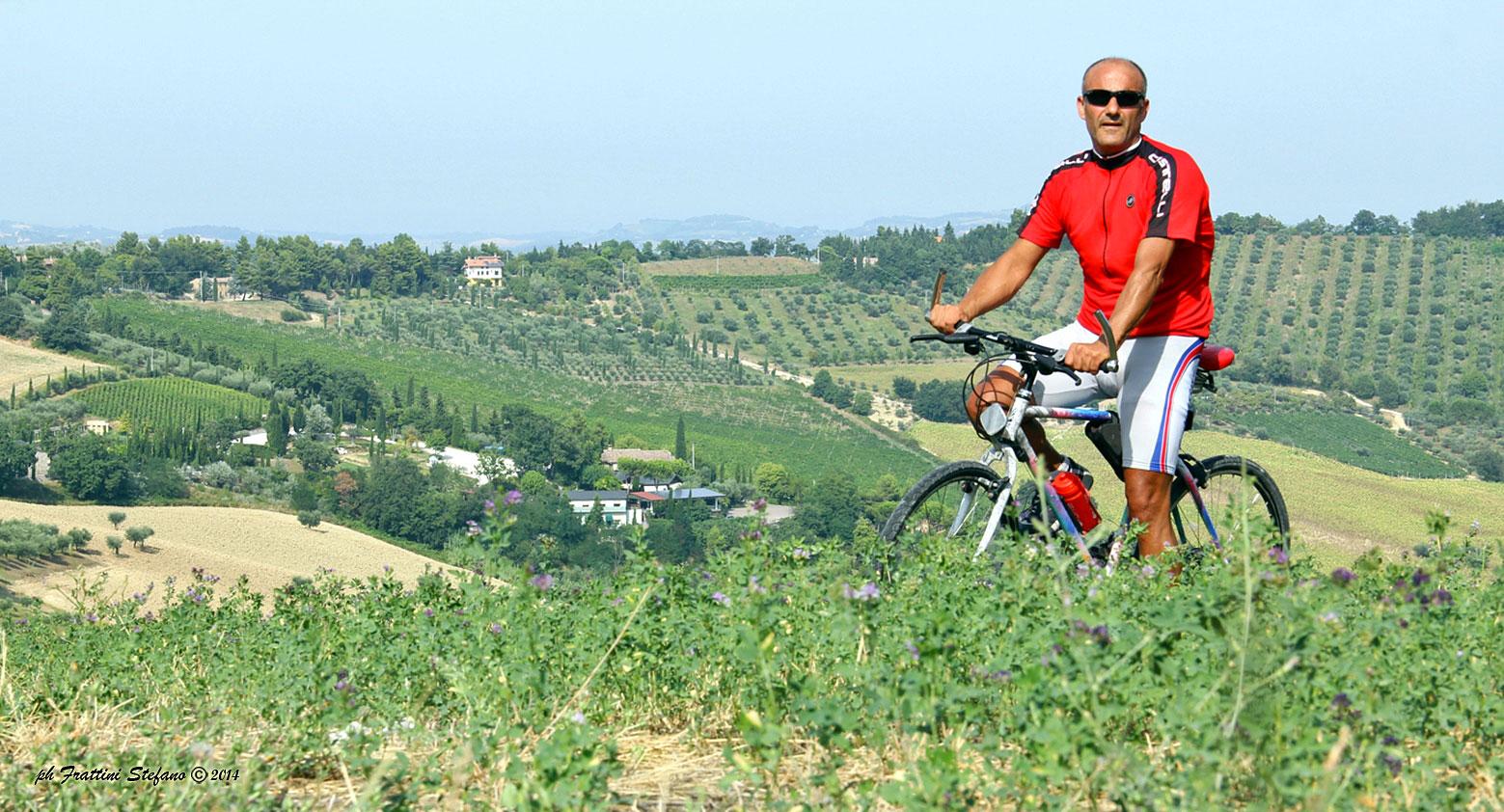 Stefano Frattini in sella alla sua bici