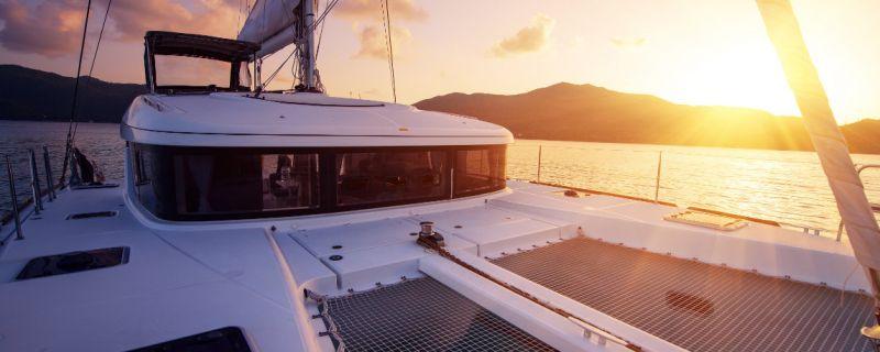 L'ormeggio del tuo catamarano al prezzo di un monoscafo